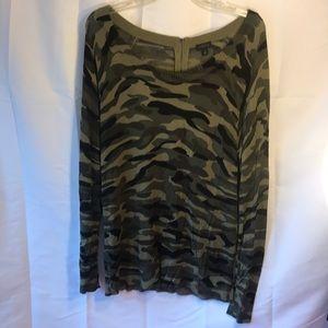 Torrid Camouflage Scoop Neck Sweater 1X NWOT